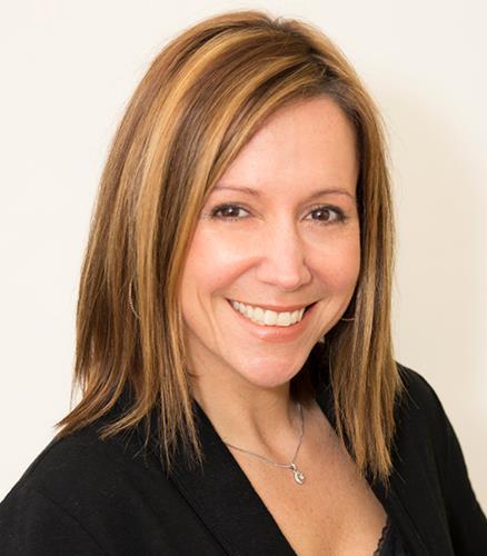 Jeanette Raucci  Agent