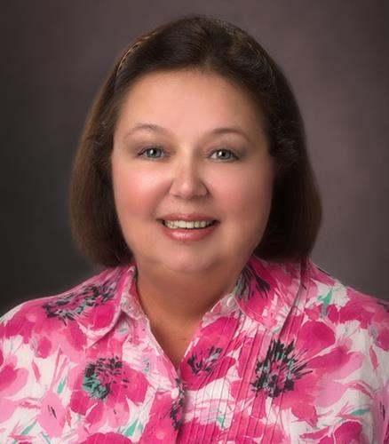 Holly DelBello IDC Global Agent