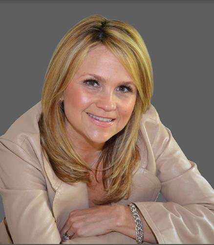 Julie Yescott IDC Global Agent