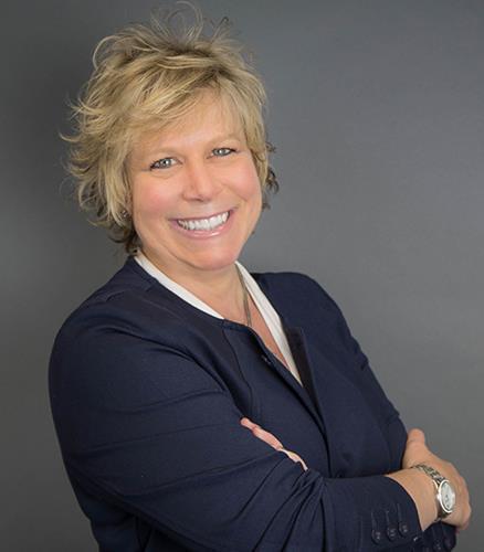 Stephanie Stone IDC Global Agent
