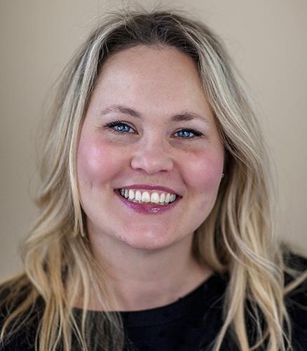 Kelly Mazza IDC Global Agent