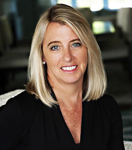 Elizabeth Bolton IDC Global Agent