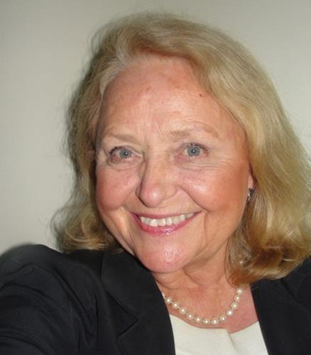 Eveline Kubick  Agent