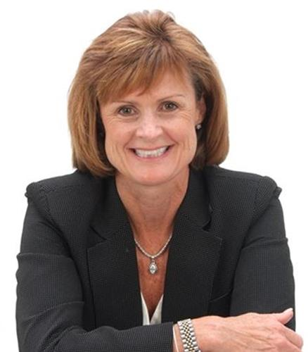 Therese Nuzzolo  Agent