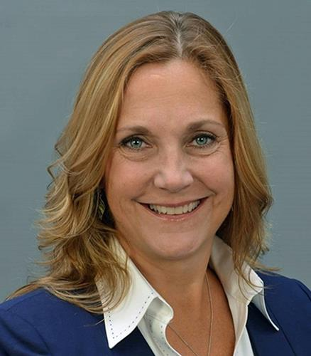 Laura Naumec  Agent