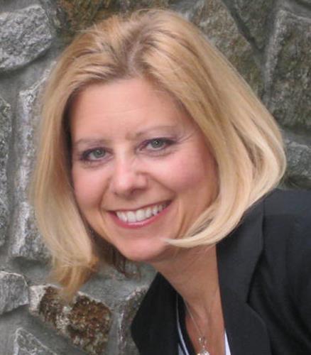 Annmarie DelFranco  Agent