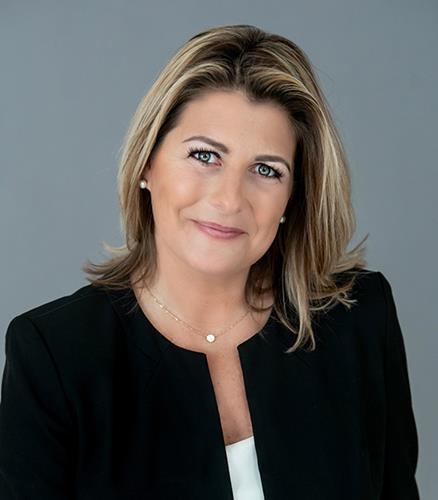 Brooke Gelhaus IDC Global Agent