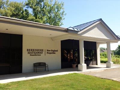 Brilliant Windsor Ct Realtors Real Estate Agents Berkshire Download Free Architecture Designs Grimeyleaguecom